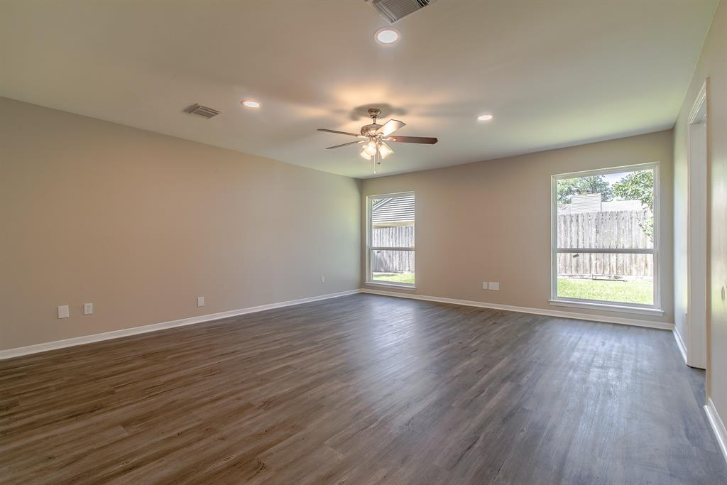 Renovated Home in Briargrove Park | 10334 Lynbrook Hollow Street Houston, Texas 77042 22