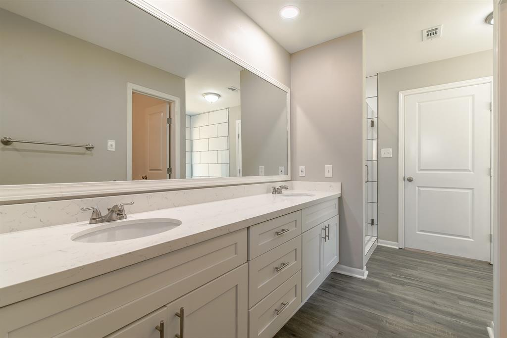 Renovated Home in Briargrove Park | 10334 Lynbrook Hollow Street Houston, Texas 77042 24