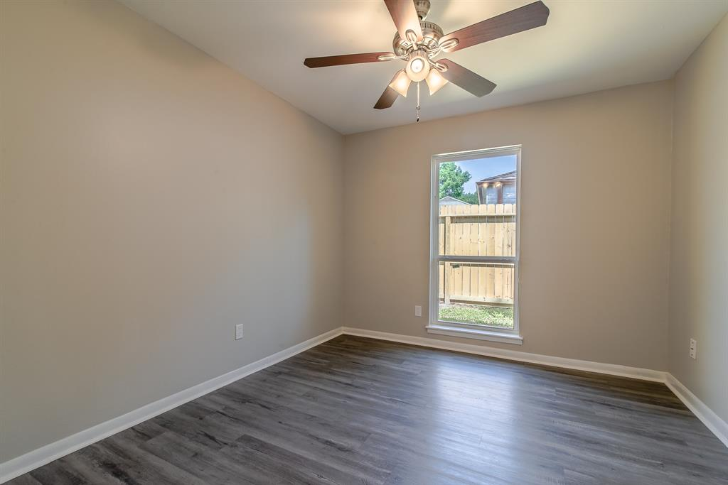 Renovated Home in Briargrove Park | 10334 Lynbrook Hollow Street Houston, Texas 77042 30
