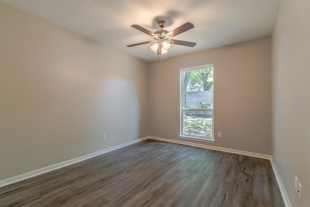 Renovated Home in Briargrove Park | 10334 Lynbrook Hollow Street Houston, Texas 77042 31