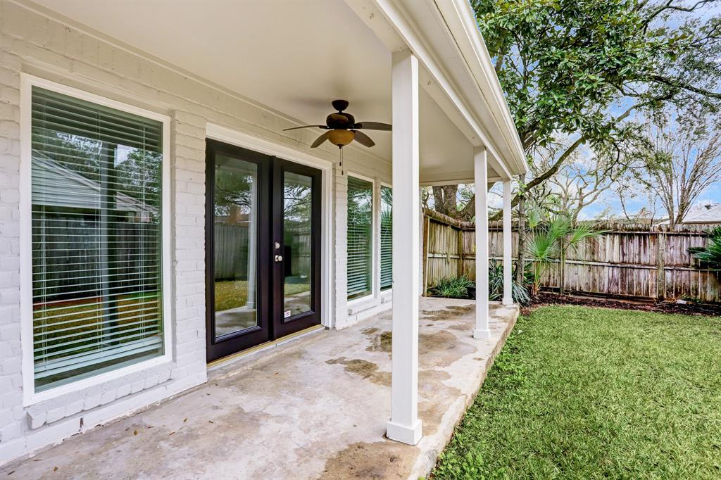 Renovated Home in Briargrove Park | 10334 Lynbrook Hollow Street Houston, Texas 77042 34