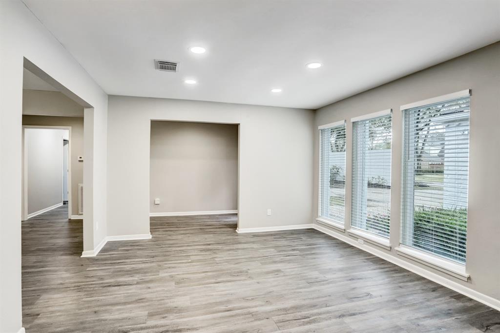 Renovated Home in Briargrove Park | 10334 Lynbrook Hollow Street Houston, Texas 77042 8