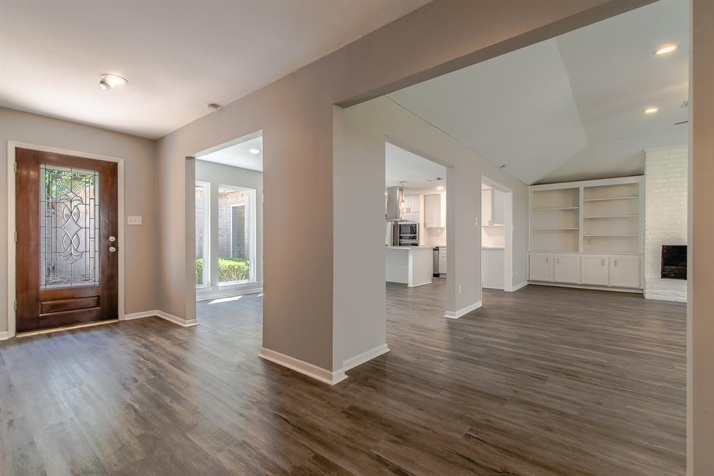 Renovated Home in Briargrove Park | 10334 Lynbrook Hollow Street Houston, Texas 77042 10