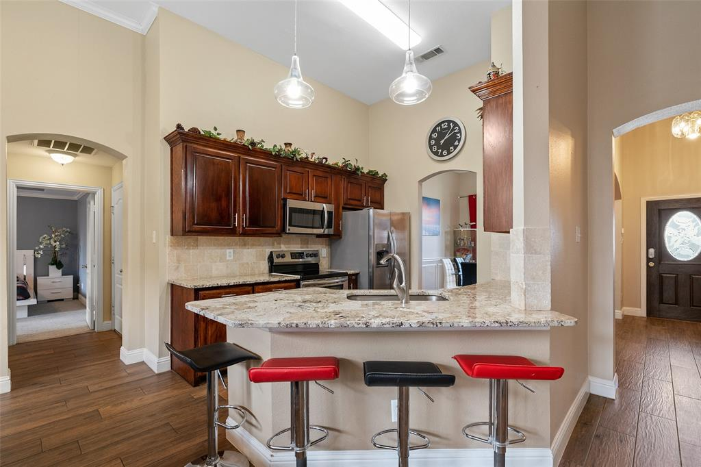 Sold Property | 1576 Angie Lane Irving, Texas 75060 11