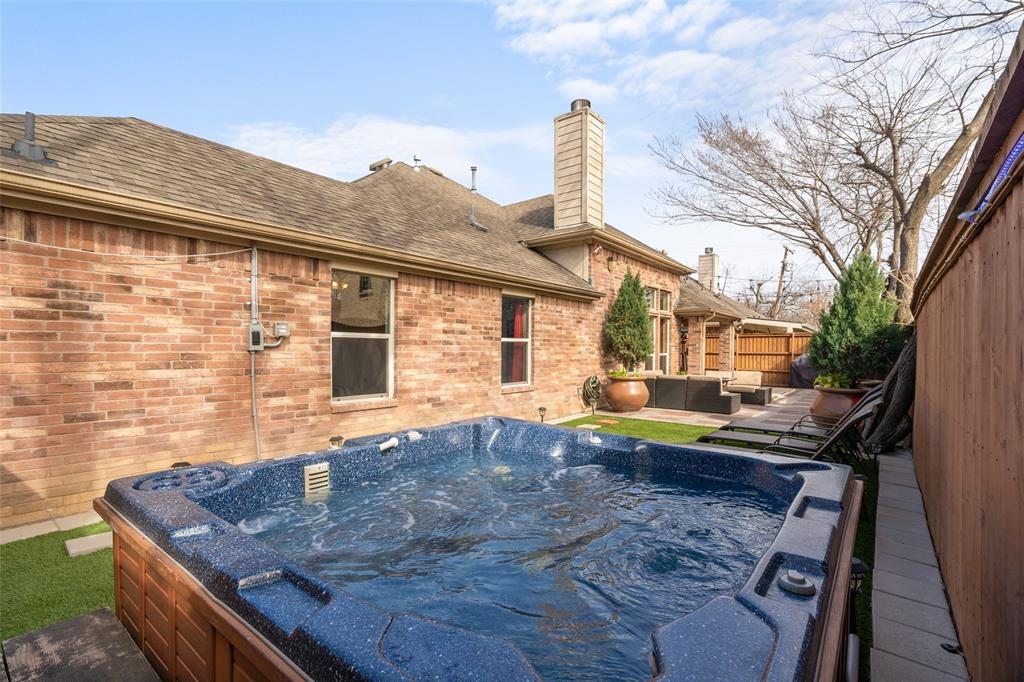 Sold Property | 1576 Angie Lane Irving, Texas 75060 25