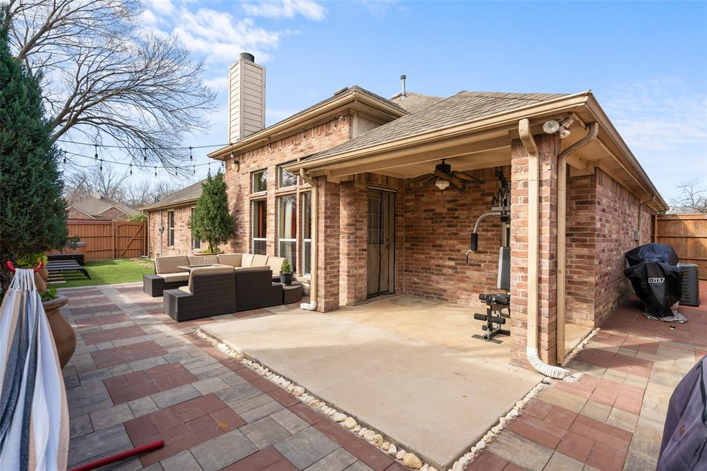 Sold Property | 1576 Angie Lane Irving, Texas 75060 27