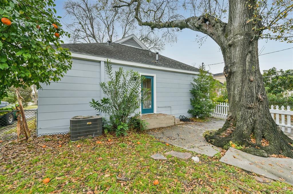 Off Market | 1019 Dorothy Street Houston, Texas 77008 12