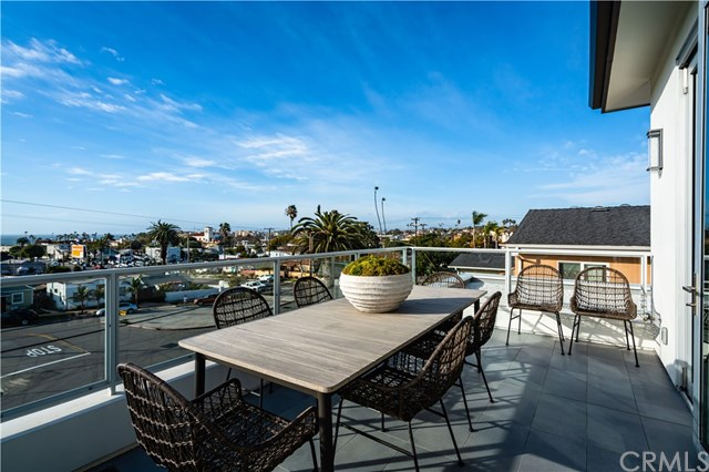 Active Under Contract | 406 S Francisca Avenue Redondo Beach, CA 90277 16