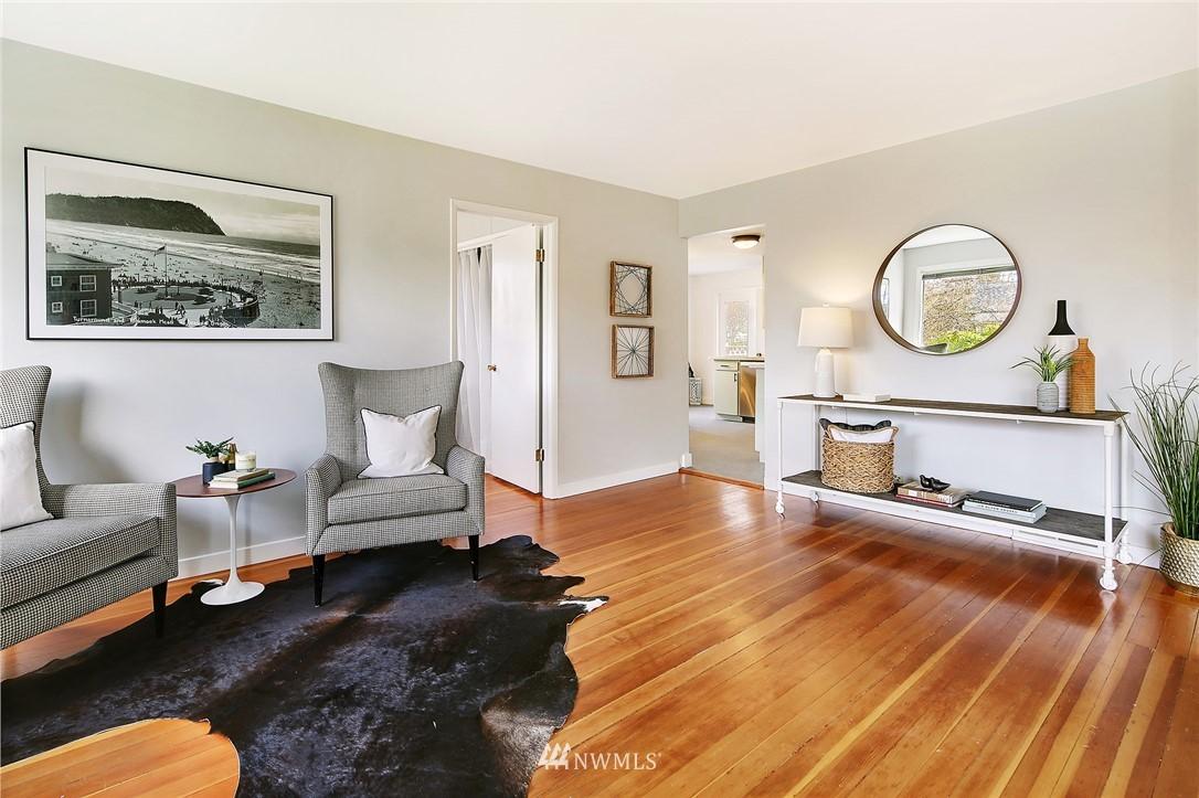 Sold Property | 8006 Earl Avenue NW Seattle, WA 98117 3