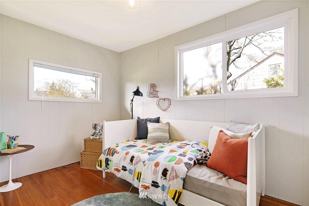 Sold Property | 8006 Earl Avenue NW Seattle, WA 98117 9