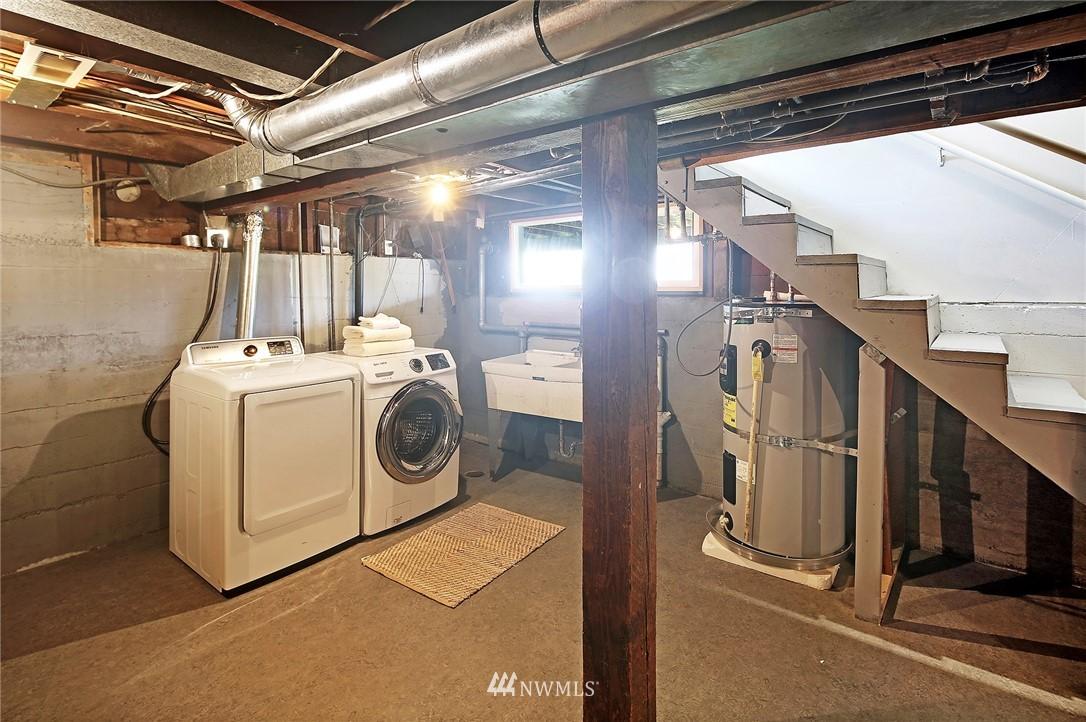 Sold Property | 8006 Earl Avenue NW Seattle, WA 98117 16