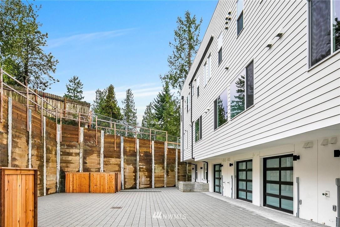 Sold Property | 6024 Sand Point Way NE Seattle, WA 98115 25