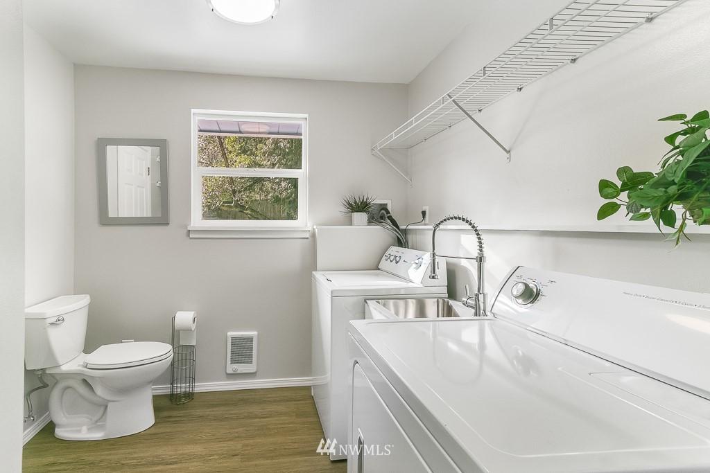Sold Property | 1005 NE 126th Street Seattle, WA 98125 13
