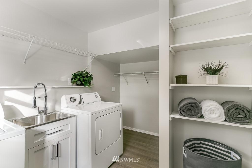 Sold Property | 1005 NE 126th Street Seattle, WA 98125 14