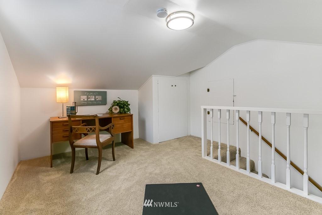 Sold Property | 1005 NE 126th Street Seattle, WA 98125 15