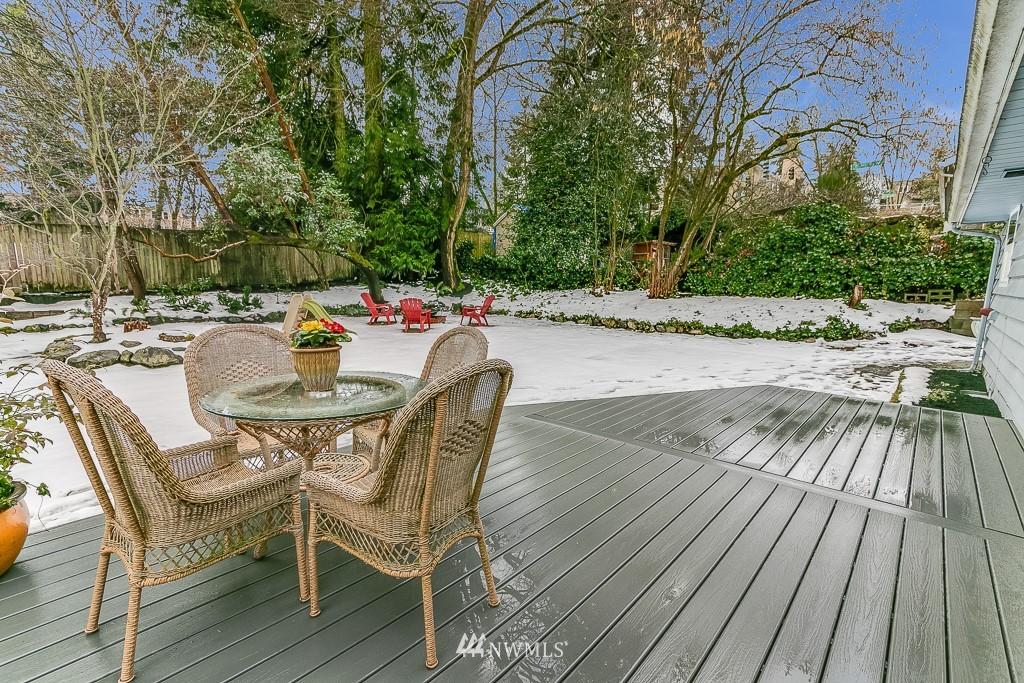 Sold Property | 1005 NE 126th Street Seattle, WA 98125 17