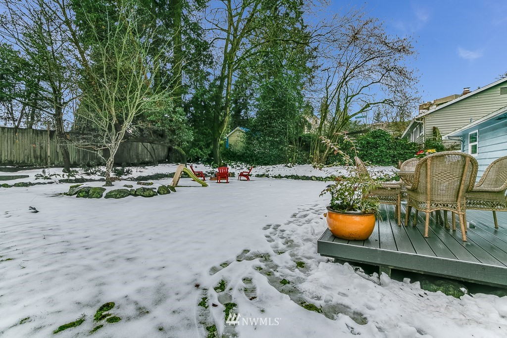 Sold Property | 1005 NE 126th Street Seattle, WA 98125 18
