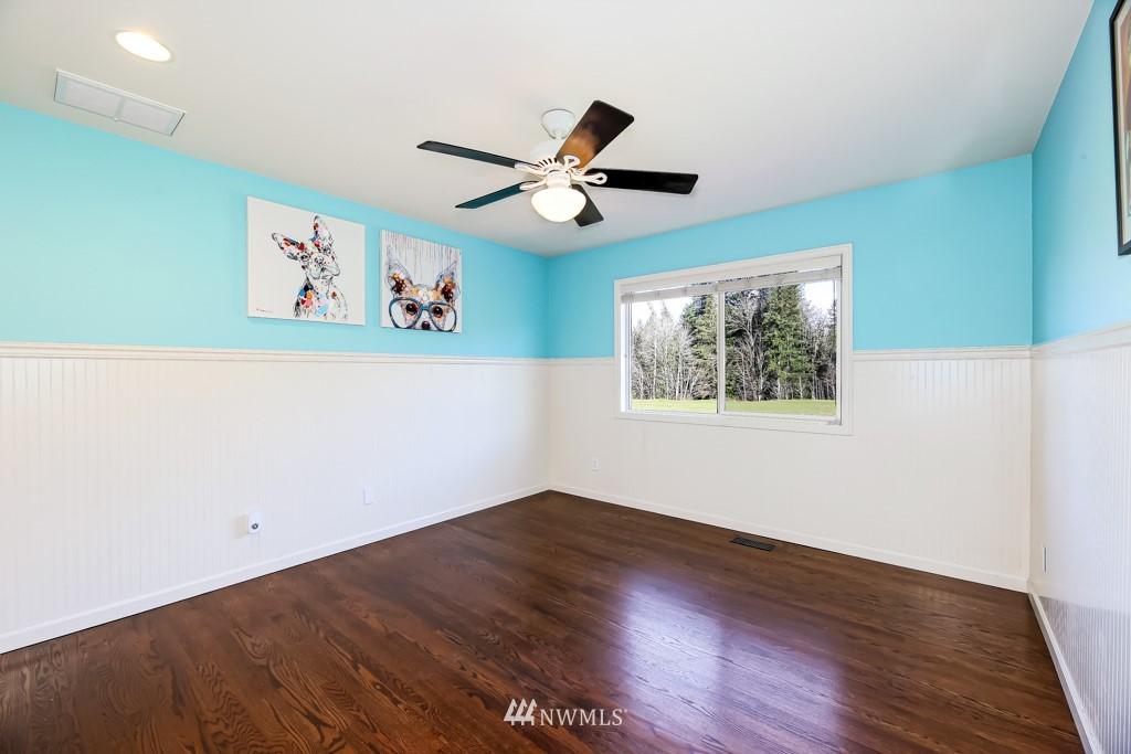 Sold Property | 428 245th Avenue SE Sammamish, WA 98074 36