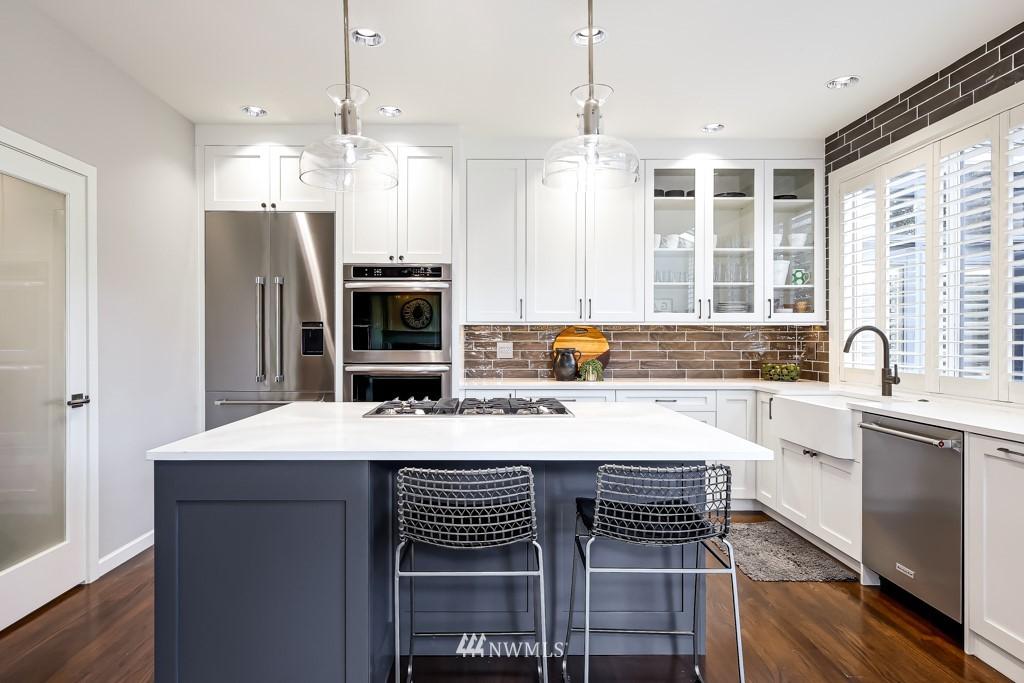 Sold Property | 428 245th Avenue SE Sammamish, WA 98074 13