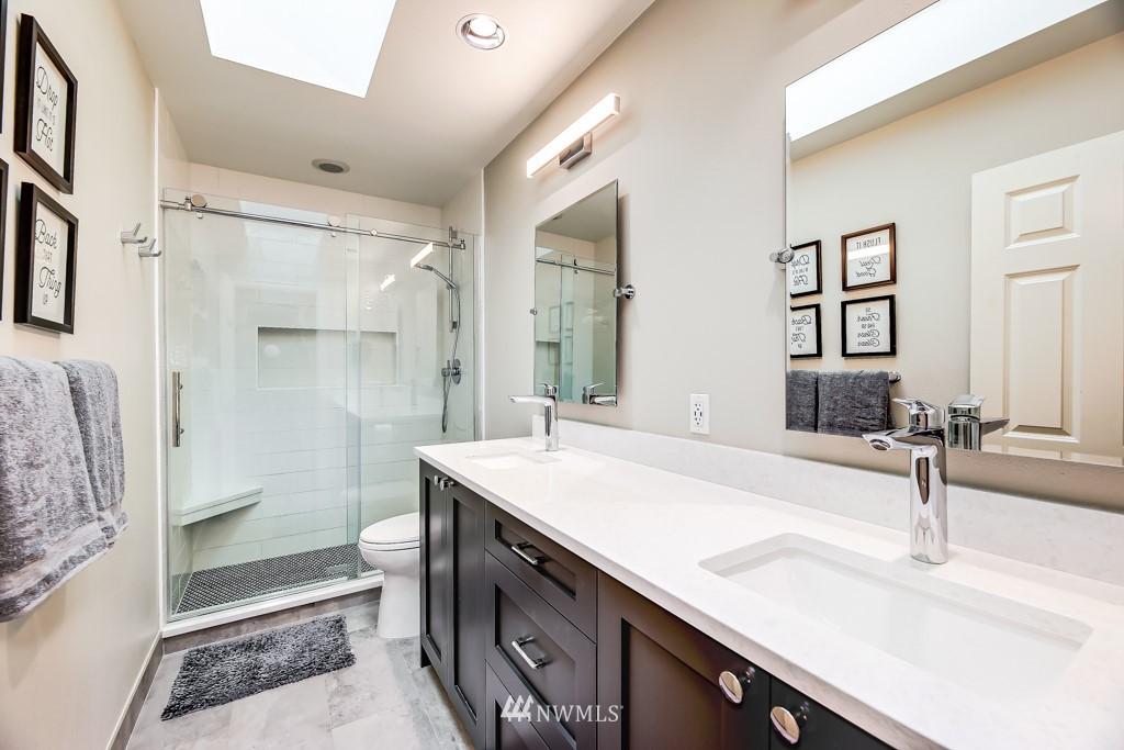 Sold Property | 428 245th Avenue SE Sammamish, WA 98074 34