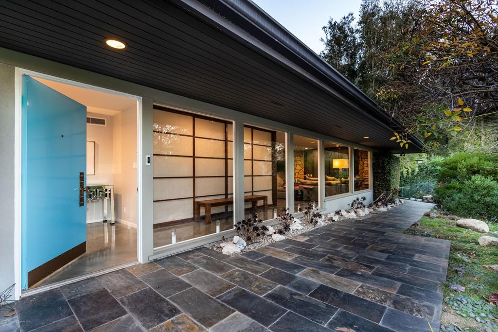 Closed | 1705 Knollwood Drive Pasadena, CA 91103 1