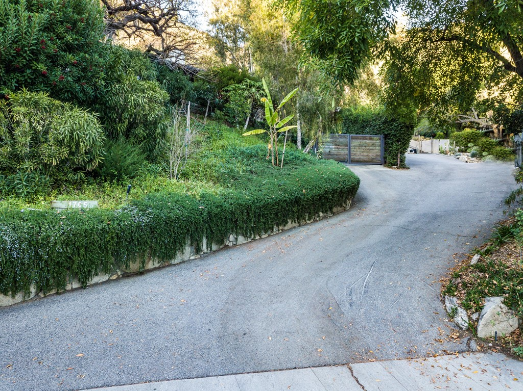 Closed | 1705 Knollwood Drive Pasadena, CA 91103 50