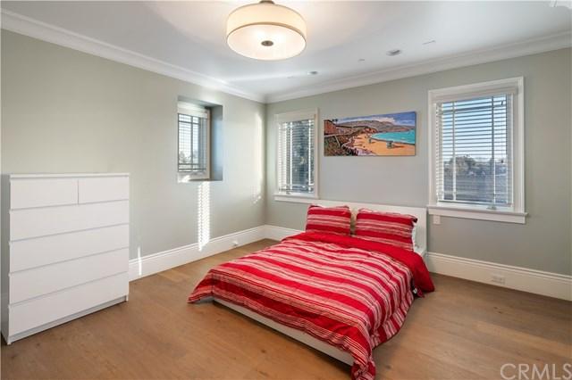 Closed   3113 N Poinsettia Avenue Manhattan Beach, CA 90266 59
