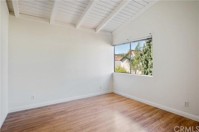 Closed | 845 2nd Street Hermosa Beach, CA 90254 22