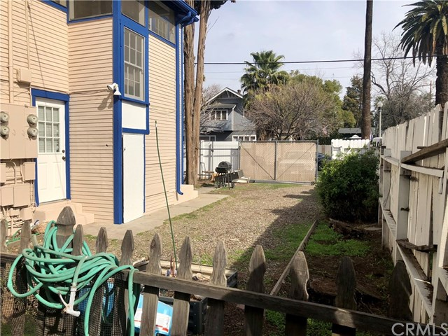 Closed | 3210 Orange Street Riverside, CA 92501 12