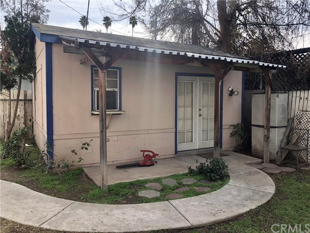 Closed | 3210 Orange Street Riverside, CA 92501 10