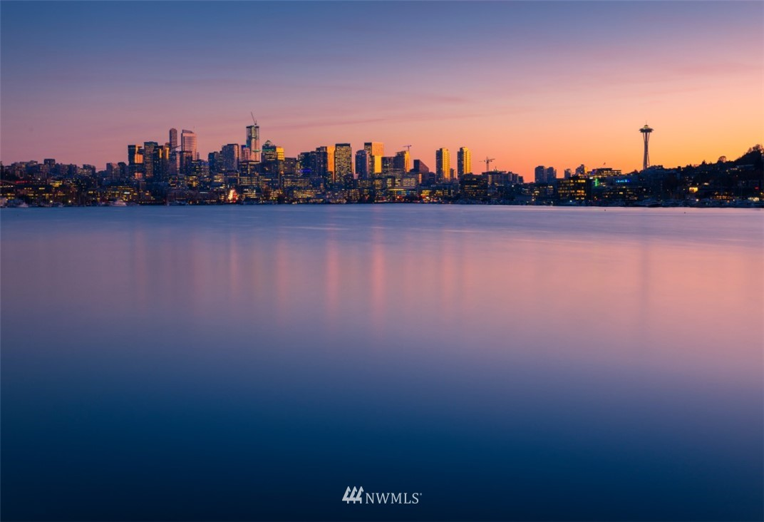 Pending | 2237 Minor Avenue E #A Seattle, WA 98102 4