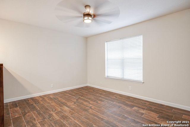 Off Market | 402 W LINDBERGH BLVD Universal City, TX 78148 3