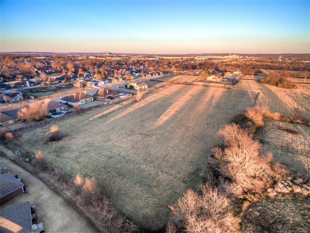 Active | 9803 Gawf Lane Muskogee, Oklahoma 74401 9