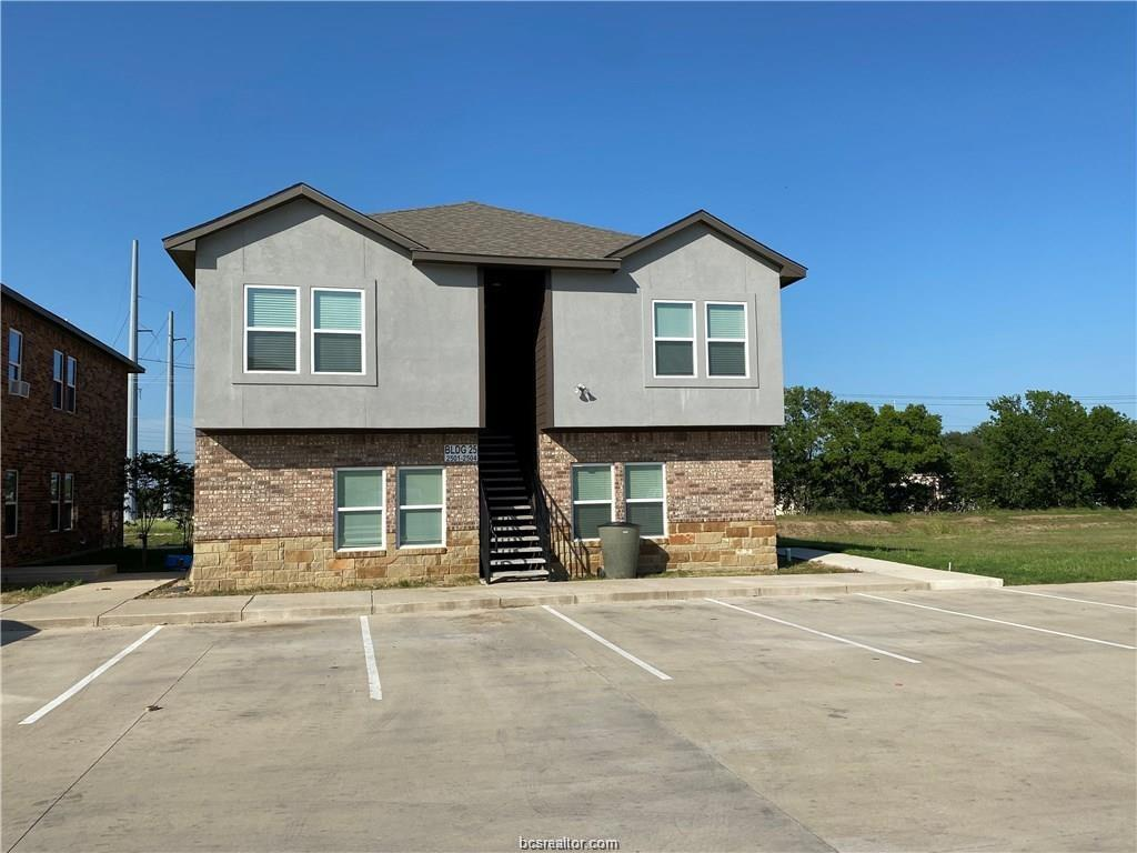 Active | 2900 Town Square Drive #2501 Bryan, TX 77802 13