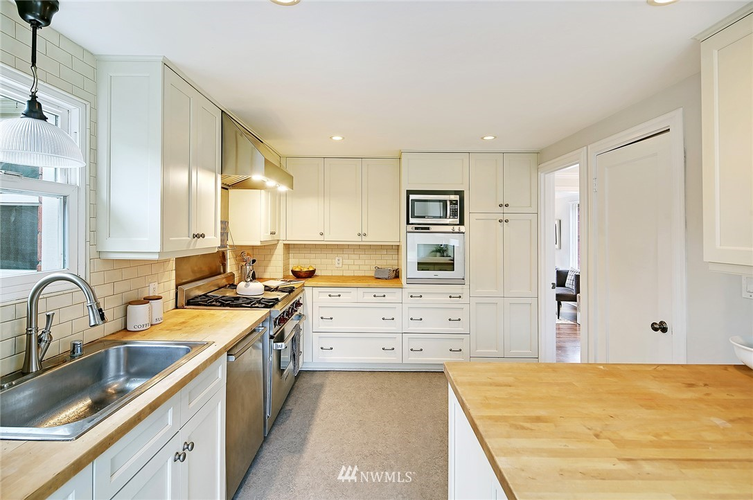 Sold Property   6736 10th Avenue NW Seattle, WA 98117 10