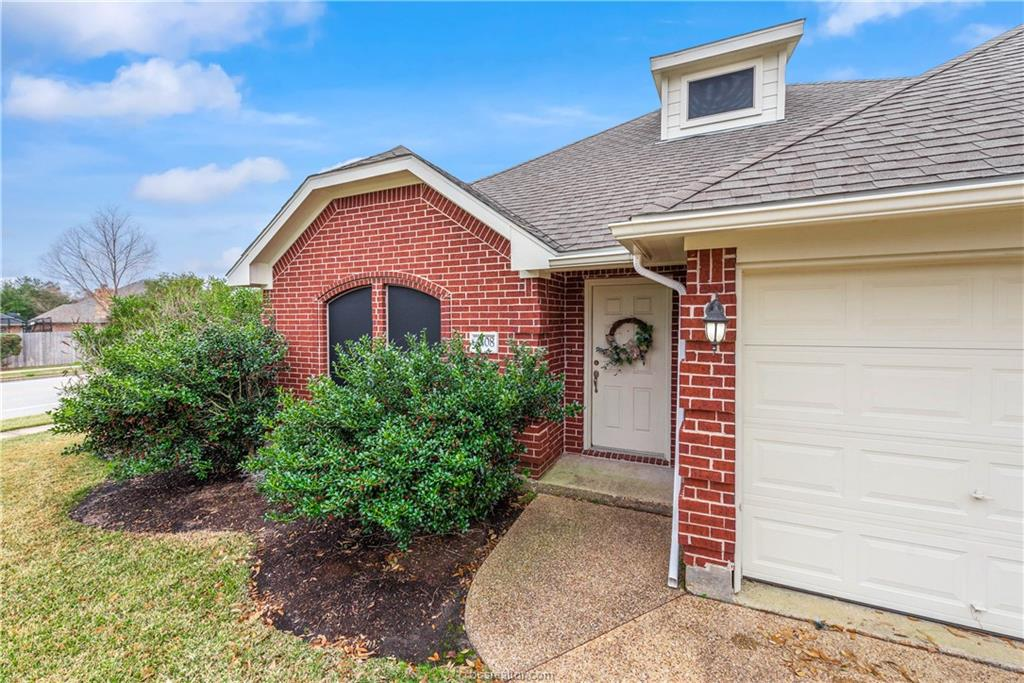 Closed   4208 Middleham College Station, TX 77845-5082 2