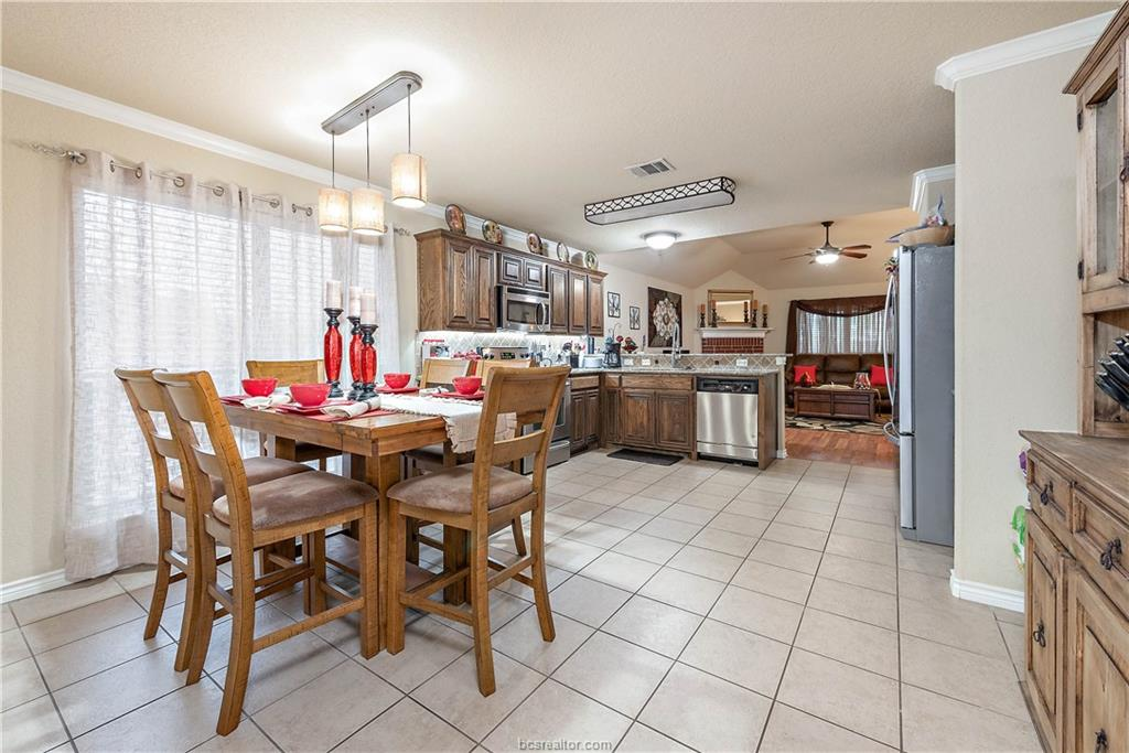 Closed   4208 Middleham College Station, TX 77845-5082 6