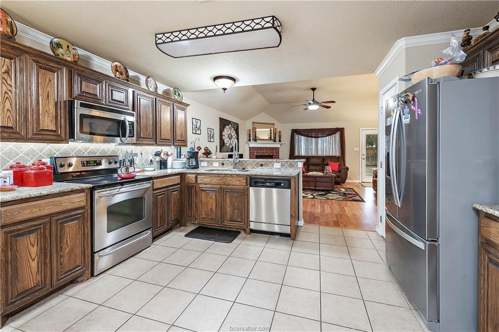 Closed   4208 Middleham College Station, TX 77845-5082 8
