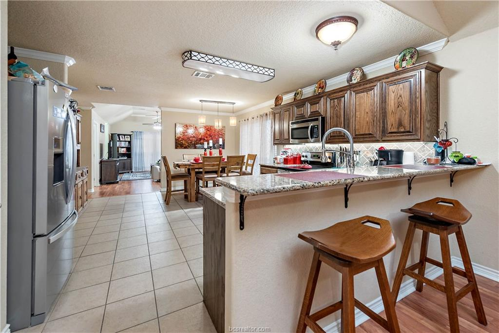 Closed   4208 Middleham College Station, TX 77845-5082 10