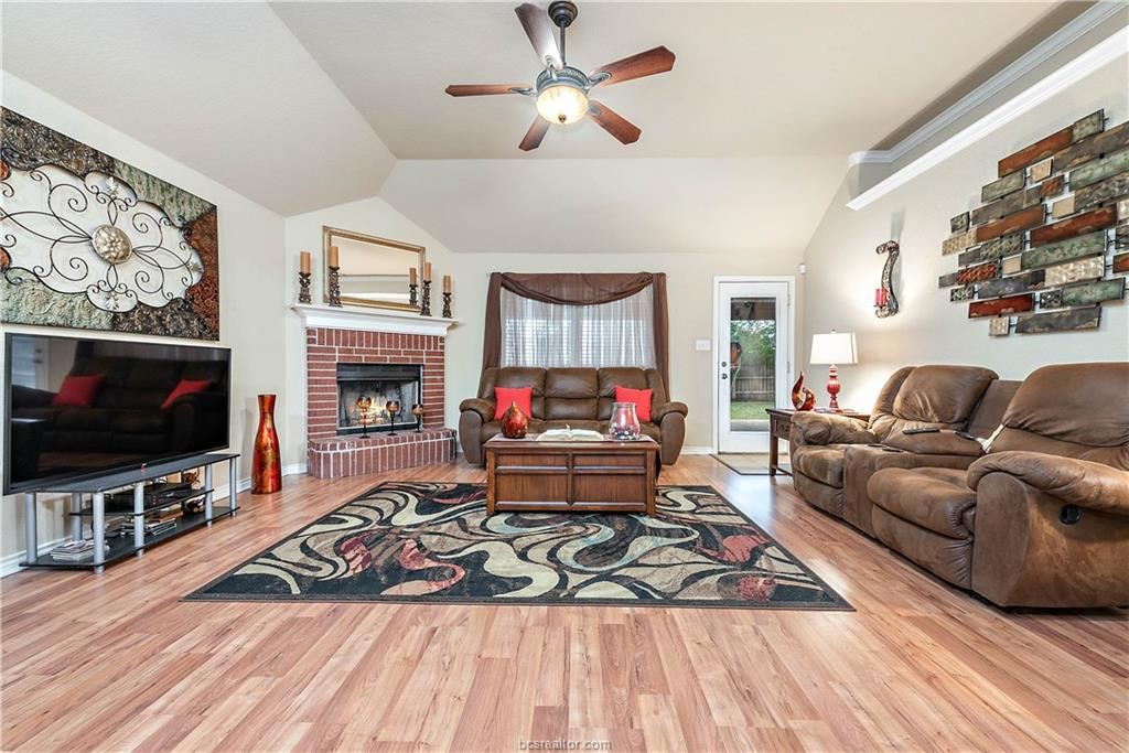 Closed   4208 Middleham College Station, TX 77845-5082 11