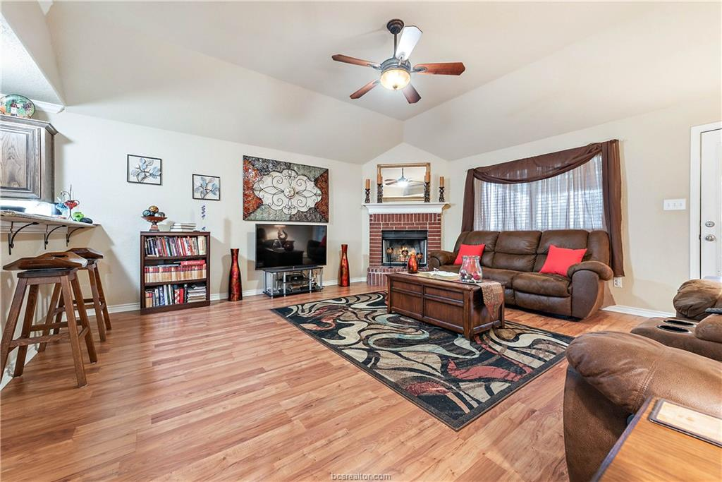 Closed   4208 Middleham College Station, TX 77845-5082 12