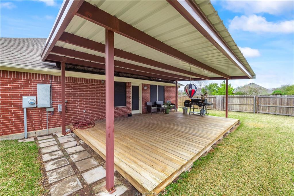 Closed   4208 Middleham College Station, TX 77845-5082 23