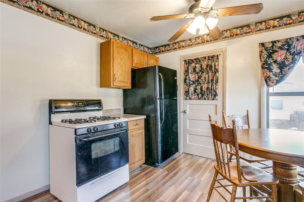 Sold Property | 427 E Ellen Avenue Hurst, Texas 76053 10