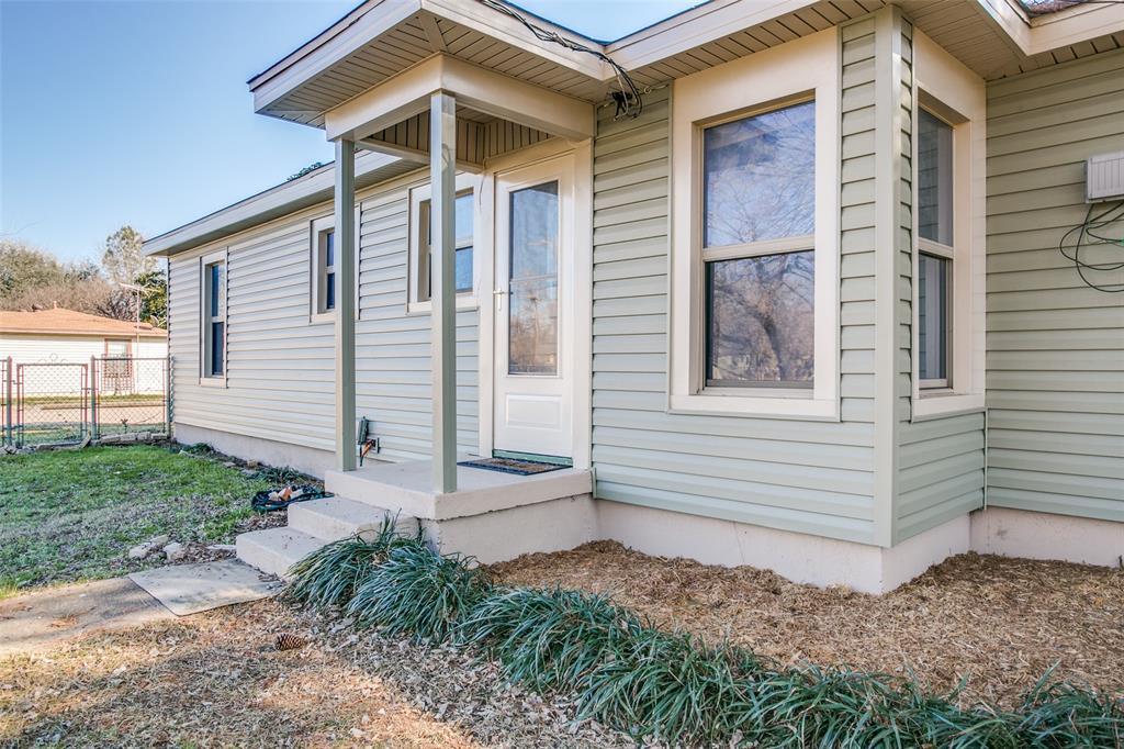 Sold Property | 427 E Ellen Avenue Hurst, Texas 76053 14