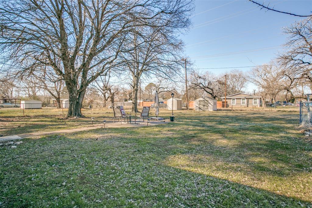Sold Property | 427 E Ellen Avenue Hurst, Texas 76053 16