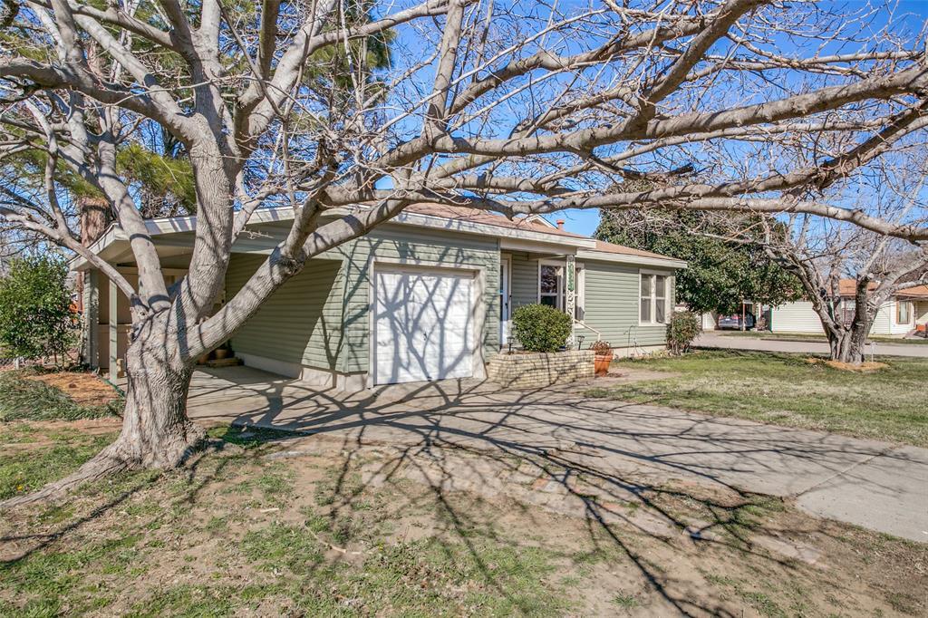 Sold Property | 427 E Ellen Avenue Hurst, Texas 76053 3