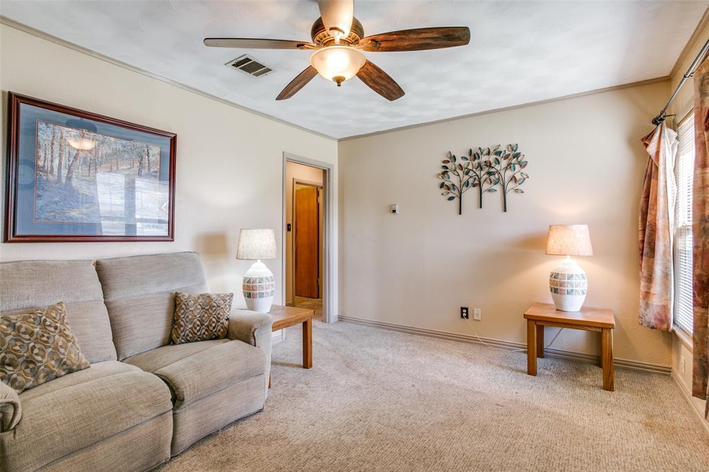 Sold Property | 427 E Ellen Avenue Hurst, Texas 76053 5