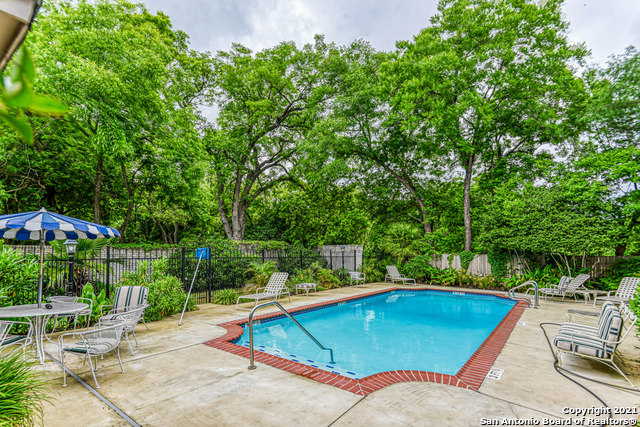Active | 140 Patterson Ave #402 San Antonio, TX 78209 29