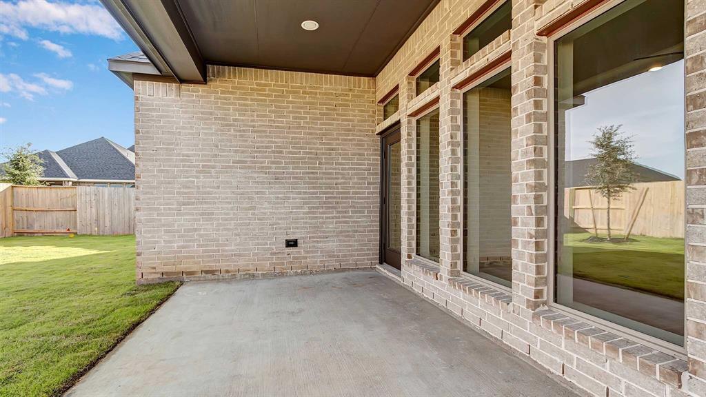 Pending   6607 Redwing Court Katy, Texas 77493 19