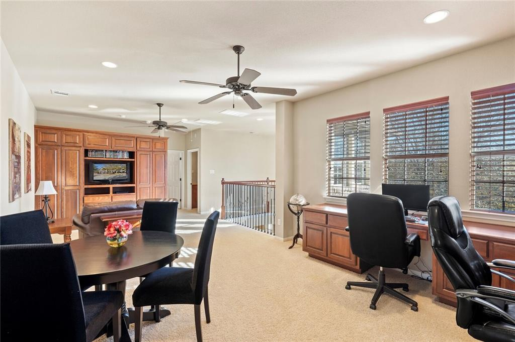 Closed | 13700 Country Lake Drive Austin, TX 78732 6